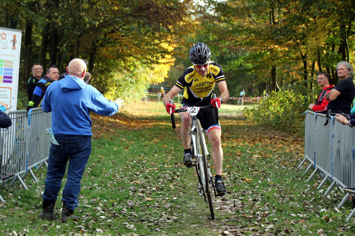 Cyclo cross VTT UFOLEP Bleuse Borne à Anzin ( Séniors 1 2 3 cat  )