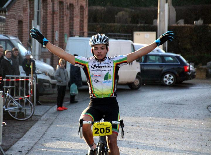 Championnat départemental Nord cyclo cross UFOLEP à Hecq (  Minimes, cadets, Féminines )