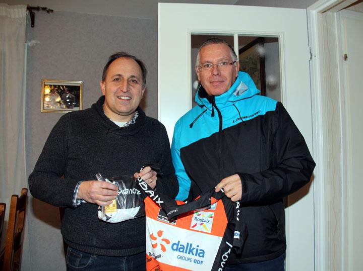 Concours VELODOM-PHOTO : Une tenue Team Roubaix de Dylan Kowalski