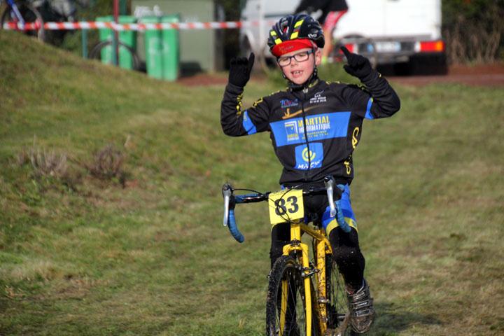1er cyclo cross VTT UFOLEP d'Estevelles ( Ecoles de cyclisme )