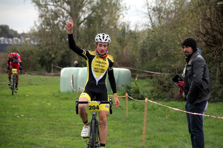 Cyclo cross UFOLEP de Marly ( Minimes, cadets et féminines )