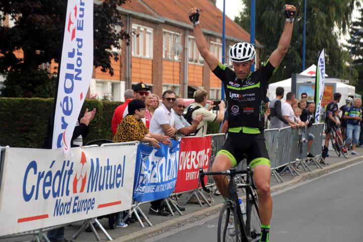 4ème Grand Prix cycliste UFOLEP de Wavrin ( 2èmes,  4èmes cat, min et cad )