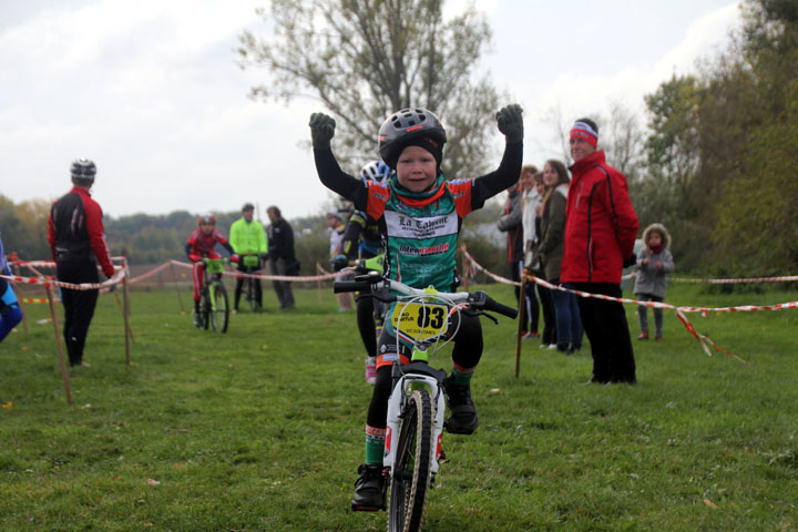 Cyclo cross UFOLEP de Marly ( Ecoles de cyclisme )