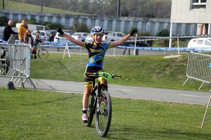 Cyclo cross UFOLEP BTWIN Village à Lille ( Ecoles de cyclisme )
