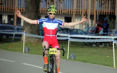 Cyclo cross UFOLEP BTWIN Village à Lille ( Minimes, cadets et Féminines )