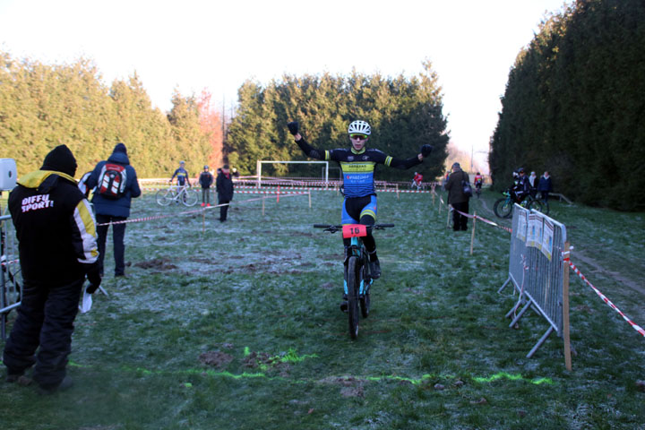 Cyclo cross UFOLEP d'Hornaing ( Minimes )