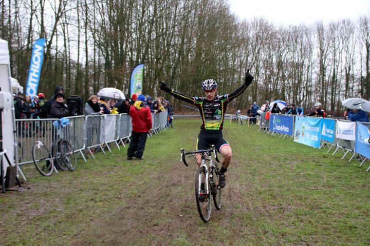 Championnat régional Flandres Artois Cyclo cross UFOLEP à Henin Beaumont ( Vétérans A B C  )