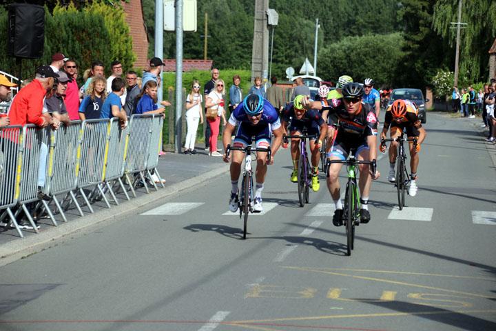 Grand Prix cycliste UFOLEP du Hameau du Rouillon ( 1ère, 2ème cat et cadets )