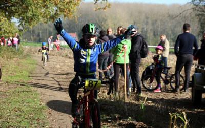 Cyclo cross VTT UFOLEP de Flines lez Mortagne ( Ecoles de cyclisme )