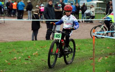 Championnat départemental du Pas de Calais de Cyclo cross UFOLEP à Beuvry ( Ecoles de cyclisme )
