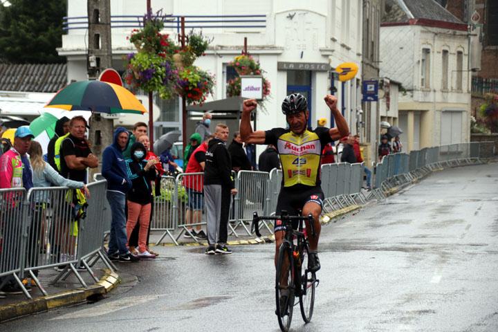 Grand Prix cycliste UFOLEP de Ferrière la Grande ( 2ème, 4ème cat, Min, Fem )