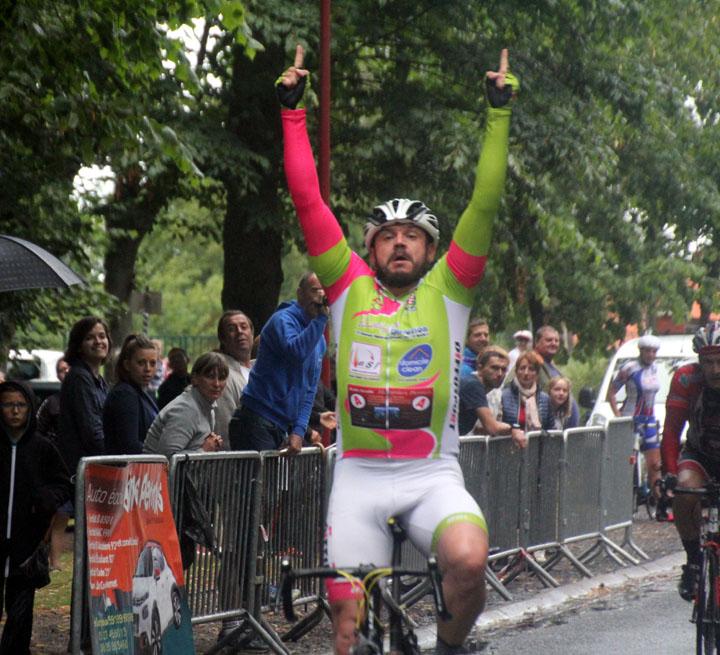 Grand Prix cycliste UFOLEP d'Hergnies centre : ( 2èmes, 4èmes catégories et féminines  )