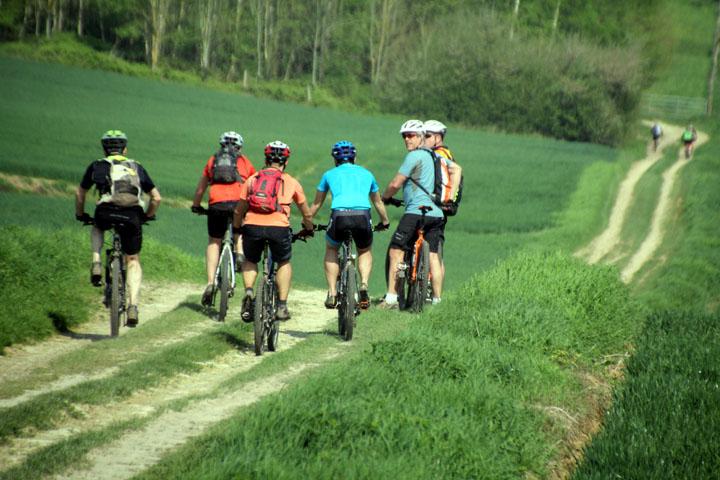 Présentation de la Ronde des Abeilles à Hauteville