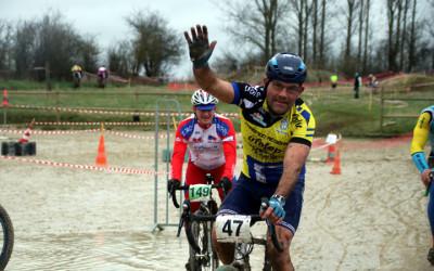 1er Cyclo cross VTT UFOLEP de Saulzoir Montrécourt ( Séniors et Cadets )